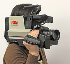 RCA_VHS_shoulder-mount_Camcorder
